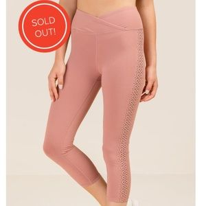 High Waist Laser Cut Cropped Legging Blush NWOT